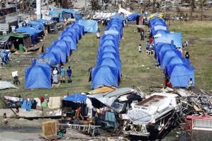 typhoon-philippine_tents
